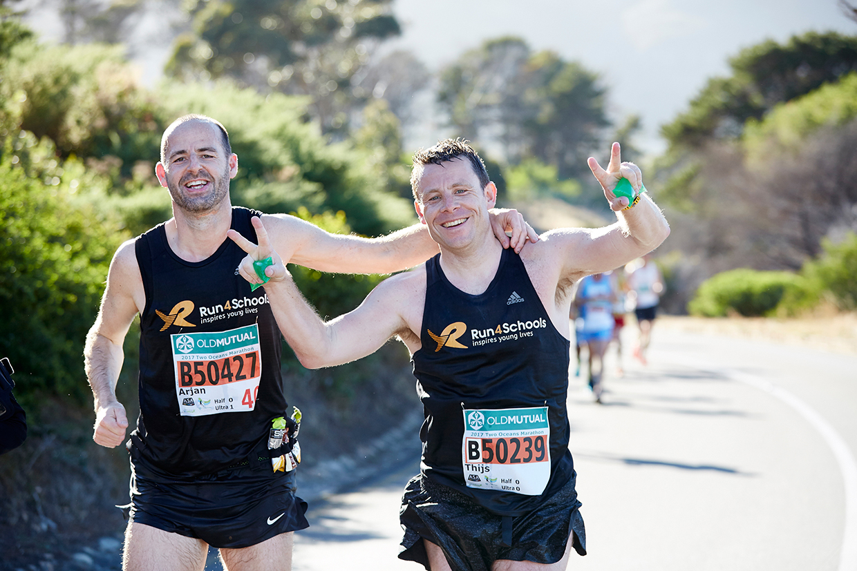 Charity Entries Open for 2018 Old Mutual Two Oceans Marathon